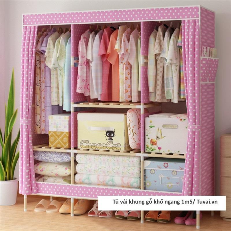 Tủ vải khung gỗ khổ 1m5 có 3 ngăn treo màu hồng chấm bi
