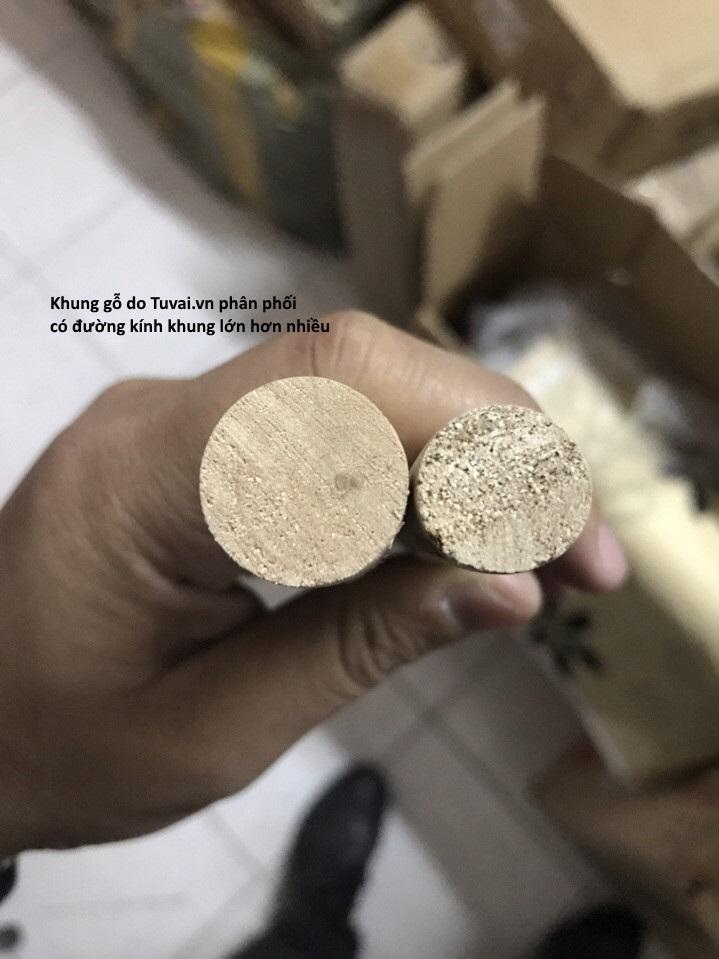 So sánh khung gỗ