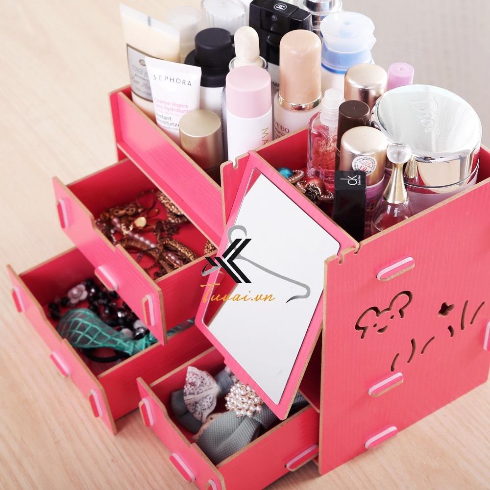 Các ngăn chứa đồ của hộp đựng đồ trang điểm Mixi